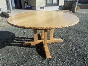 無垢 丸テーブル 手彫り
