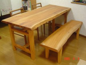 ケヤキダイニングテーブルとベンチ