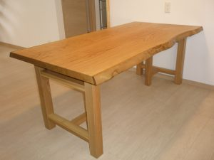 栗2枚接ぎダイニングテーブル
