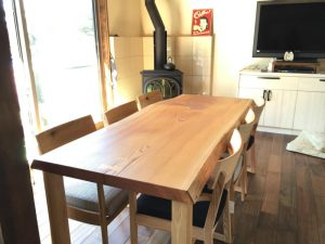 欅の一枚板ダイニングテーブル