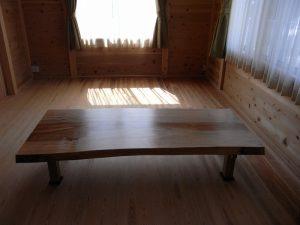 栃一枚板座卓