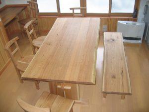 胡桃の無垢ダイニングテーブルセット