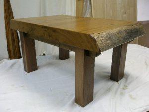 チーク一枚板の小テーブル