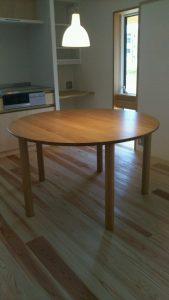 丸テーブル5本脚