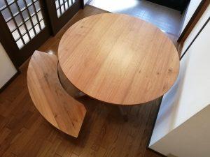 無垢丸テーブル&丸いベンチ
