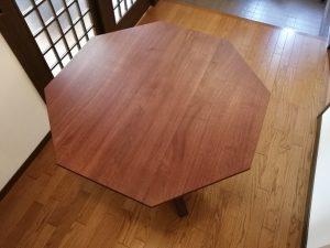 無垢八角形テーブル