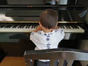 ピアノ遊び
